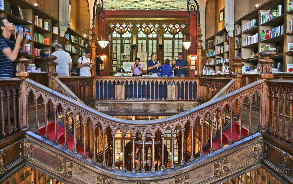 Things to do in Porto Portugal: Bookstore