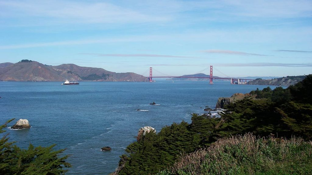 golden gate bridge photo spots - Fort Miley