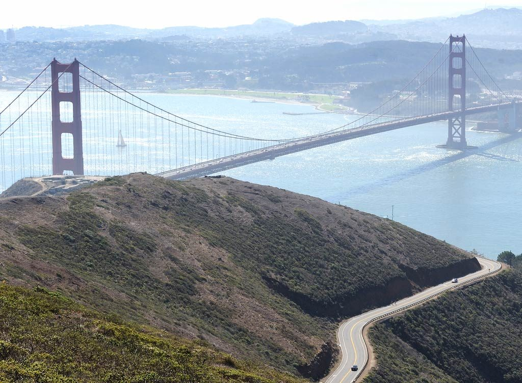 where to take pictures of golden gate bridge - Slackers Hill