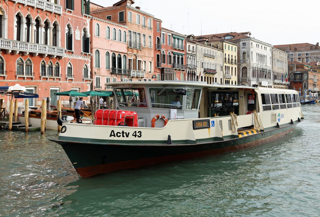 vaporetto water bus venice italy